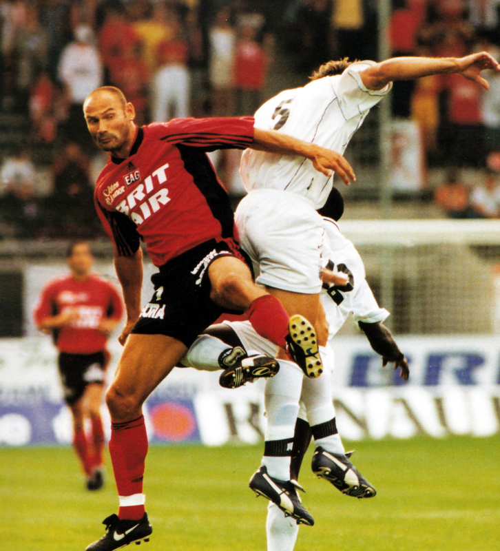 2000-01 Ewin Van