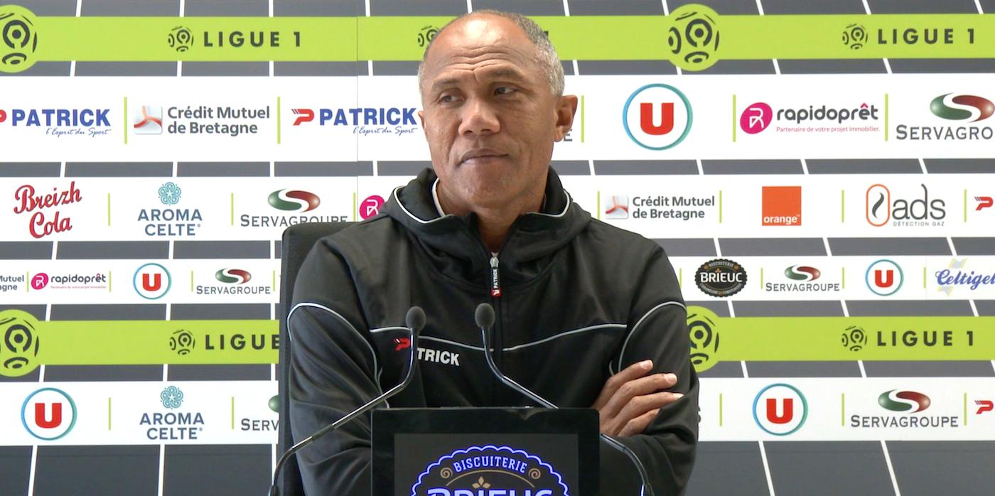 Le point-presse d'Antoine Kombouaré avant St-Etienne