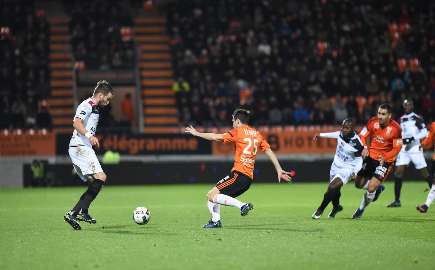 Match lorient guingamp en avant de guingamp for Lorient match