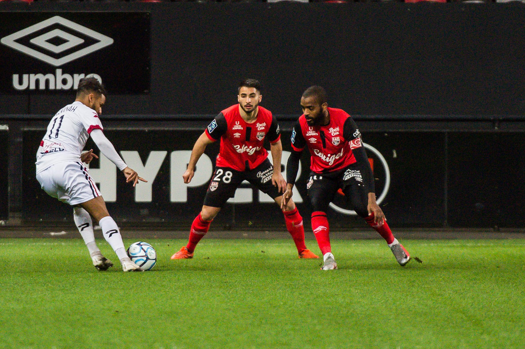 EA Guingamp Clermont Foot 63 0 5 J28 Ligue 2 BKT EAGCF63 _PAS8902