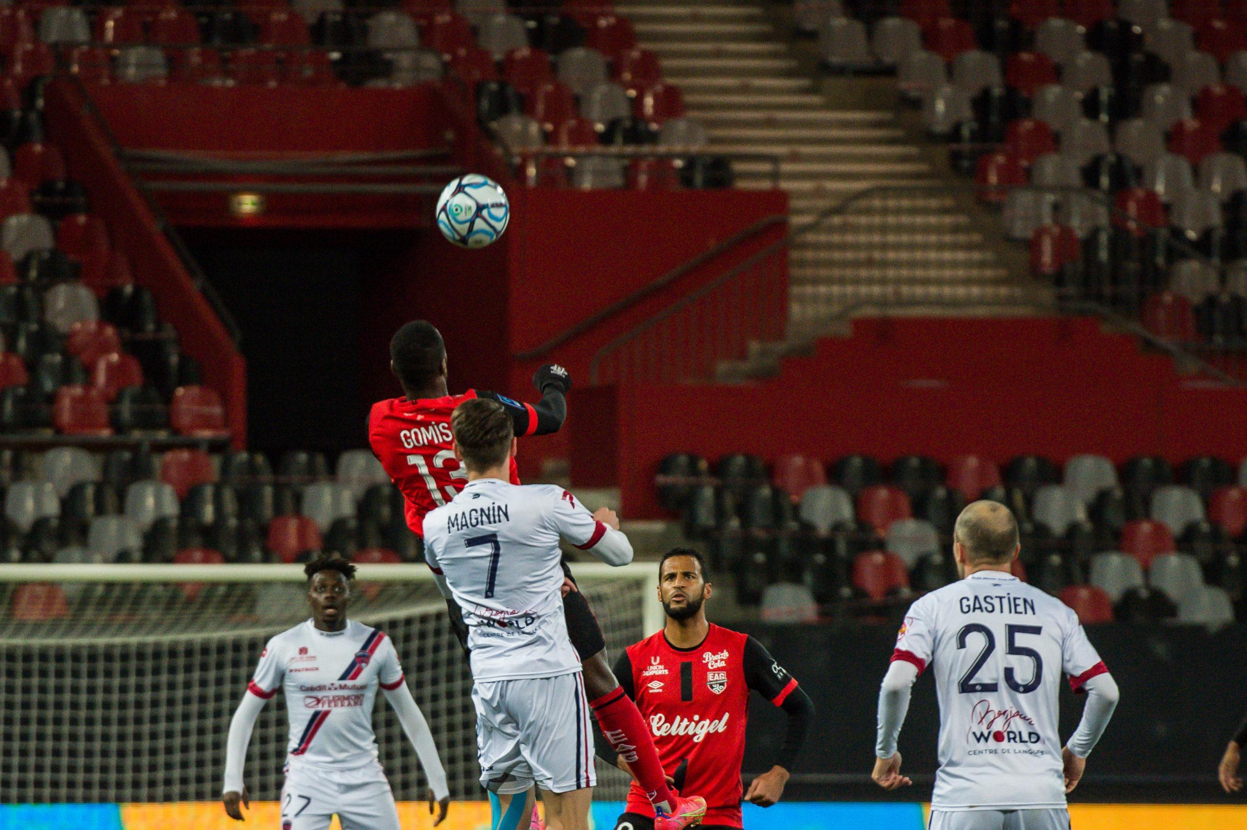EA Guingamp Clermont Foot 63 0 5 J28 Ligue 2 BKT EAGCF63 _PAS8918
