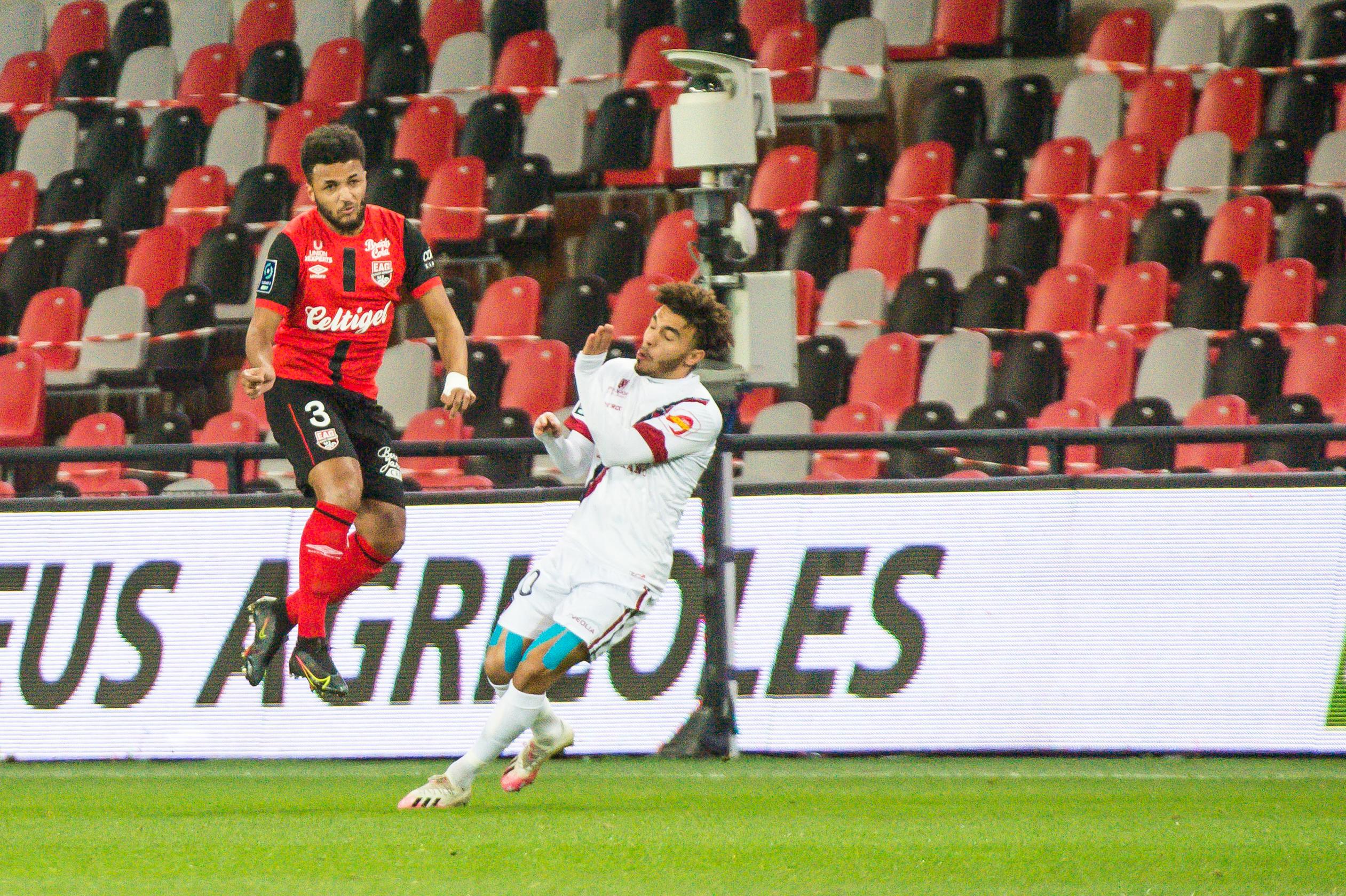 EA Guingamp Clermont Foot 63 0 5 J28 Ligue 2 BKT EAGCF63 _PAS8924