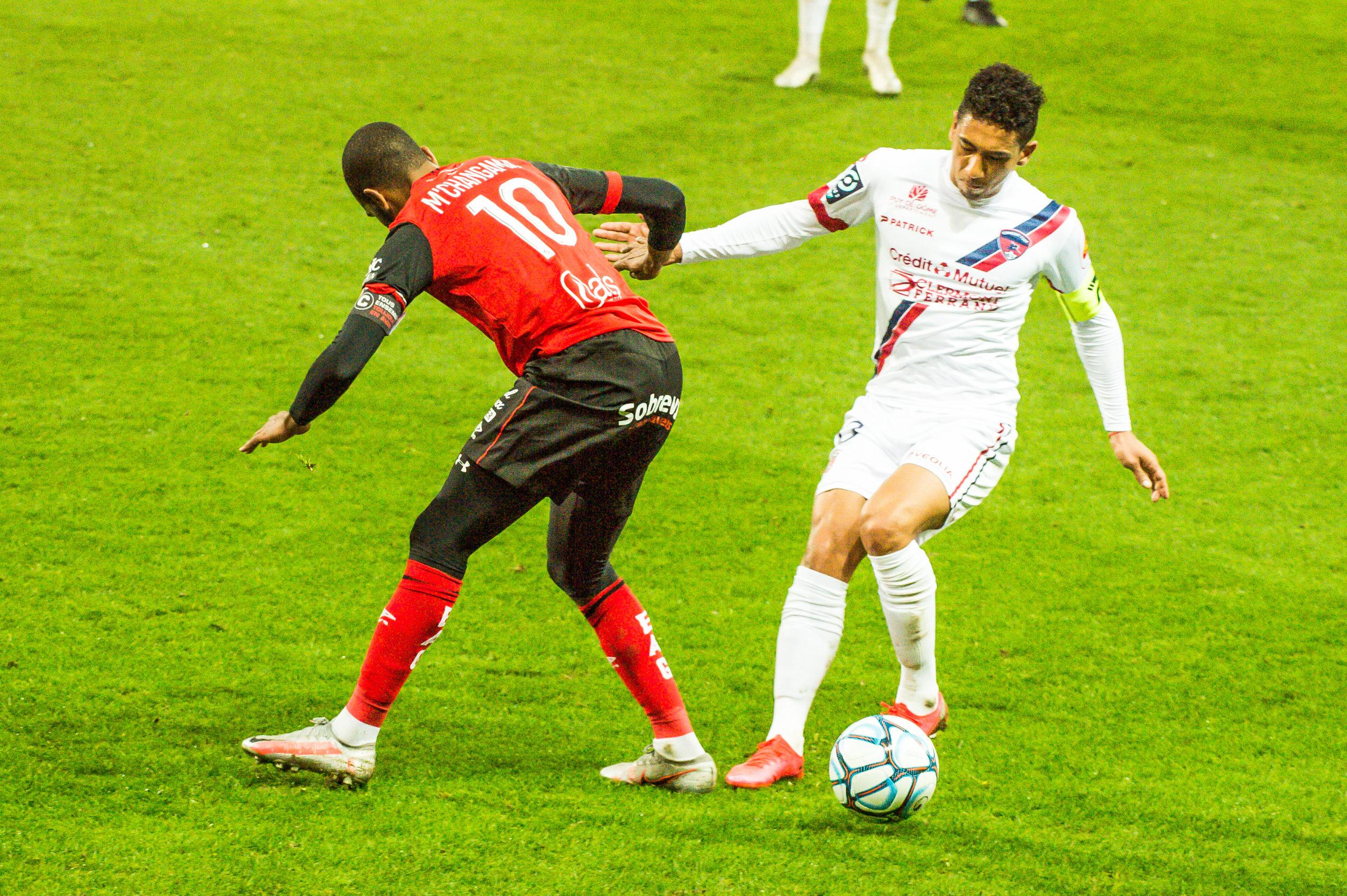 EA Guingamp Clermont Foot 63 0 5 J28 Ligue 2 BKT EAGCF63 _PAS9306