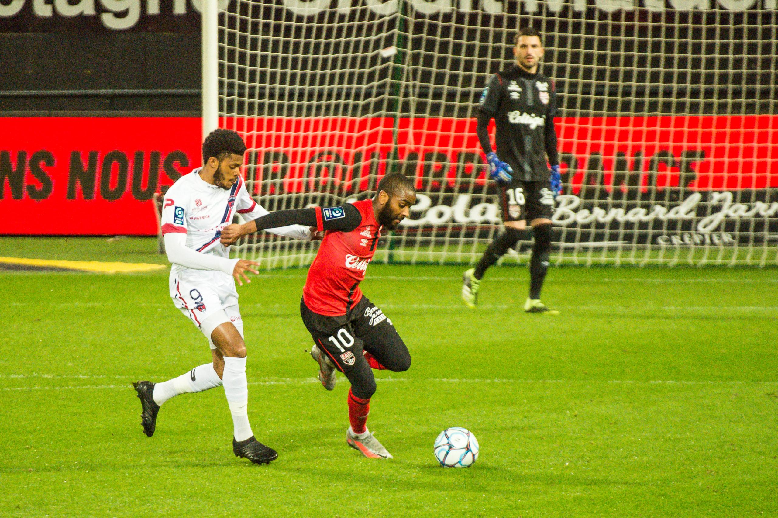 EA Guingamp Clermont Foot 63 0 5 J28 Ligue 2 BKT EAGCF63 _PAS9323