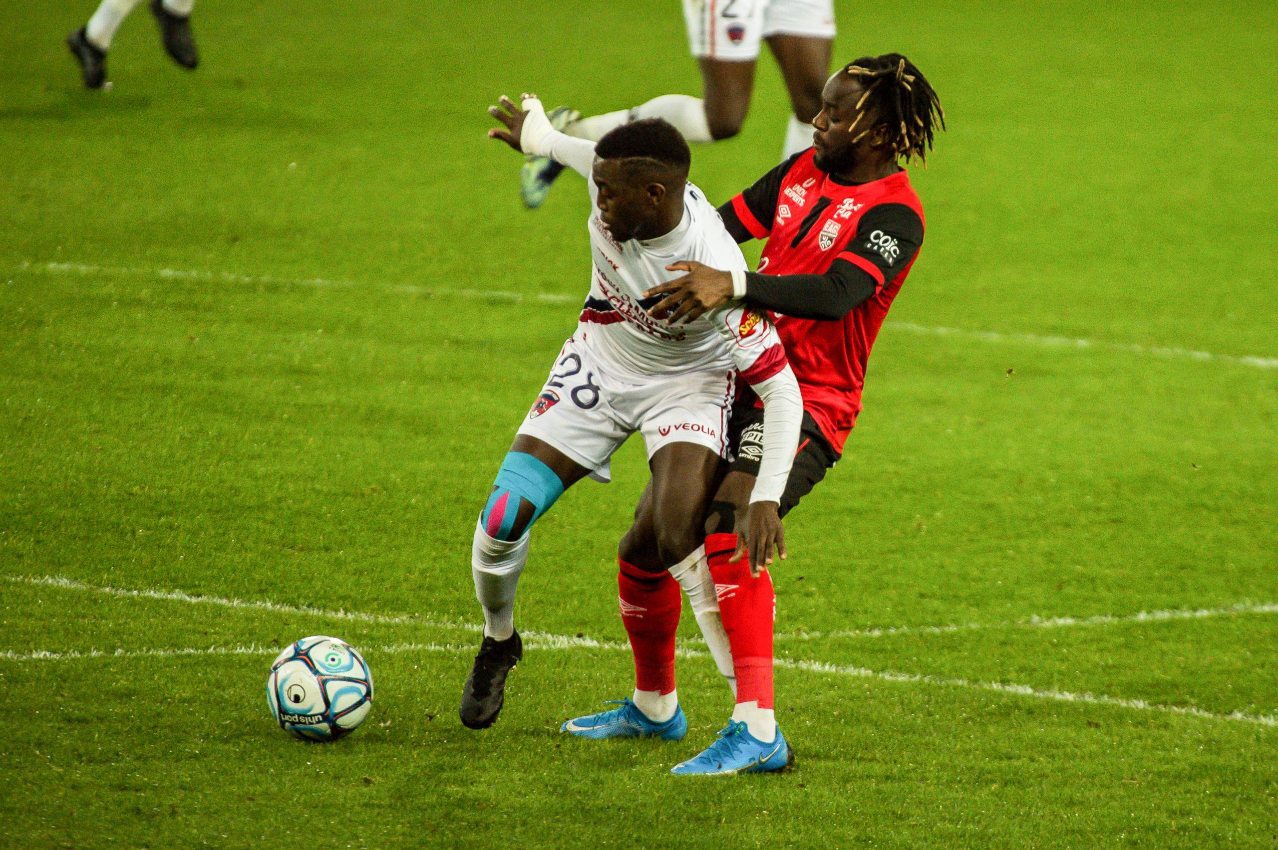 EA Guingamp Clermont Foot 63 0 5 J28 Ligue 2 BKT EAGCF63 _PAS9346