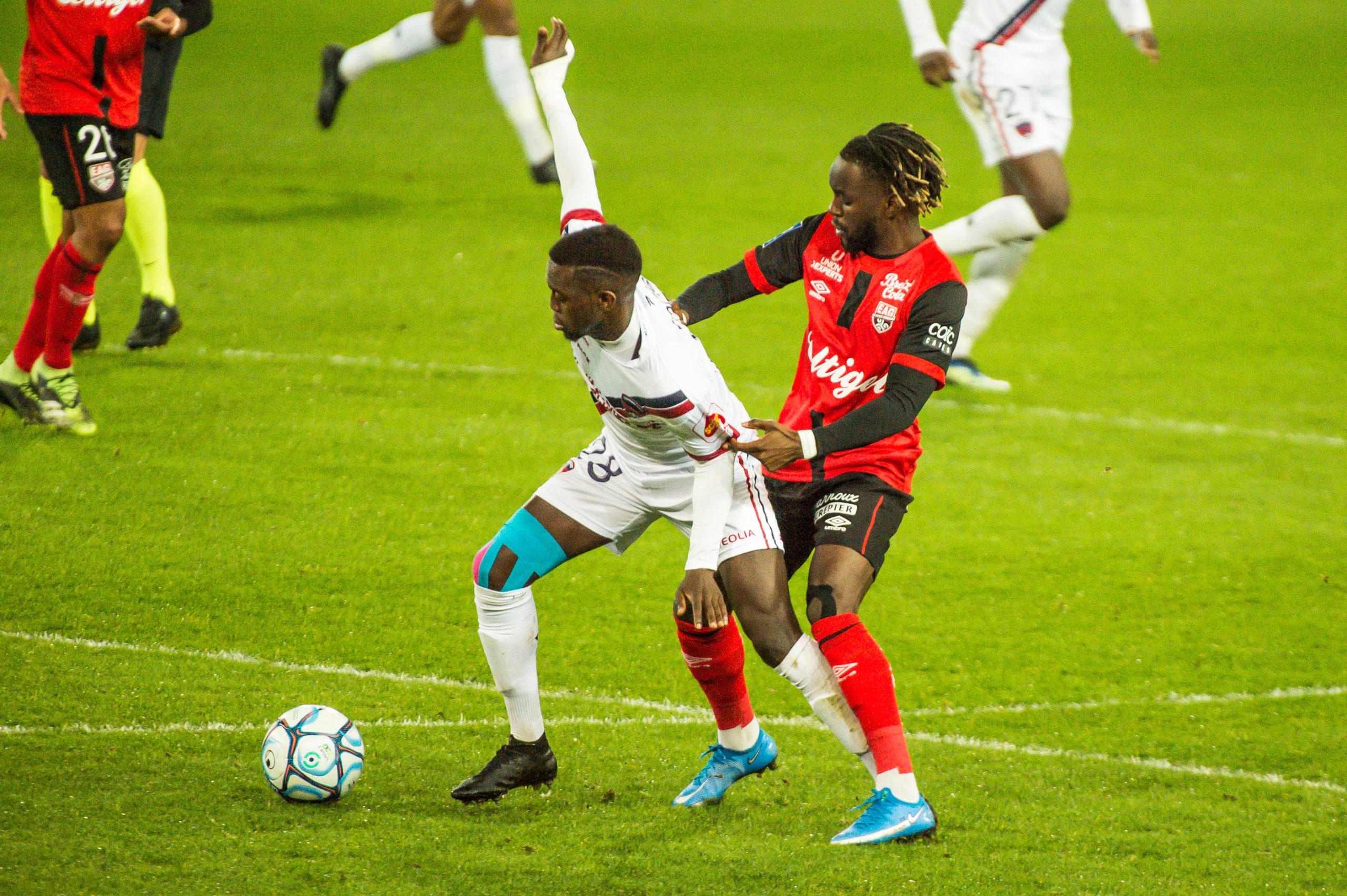EA Guingamp Clermont Foot 63 0 5 J28 Ligue 2 BKT EAGCF63 _PAS9347