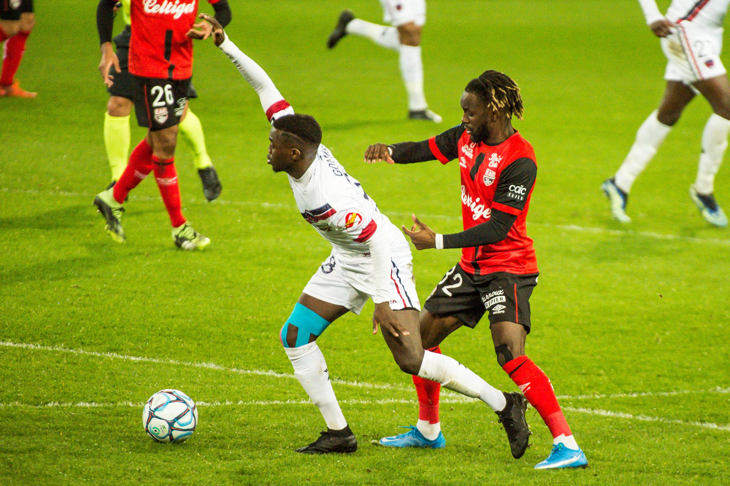 EA Guingamp Clermont Foot 63 0 5 J28 Ligue 2 BKT EAGCF63 _PAS9348