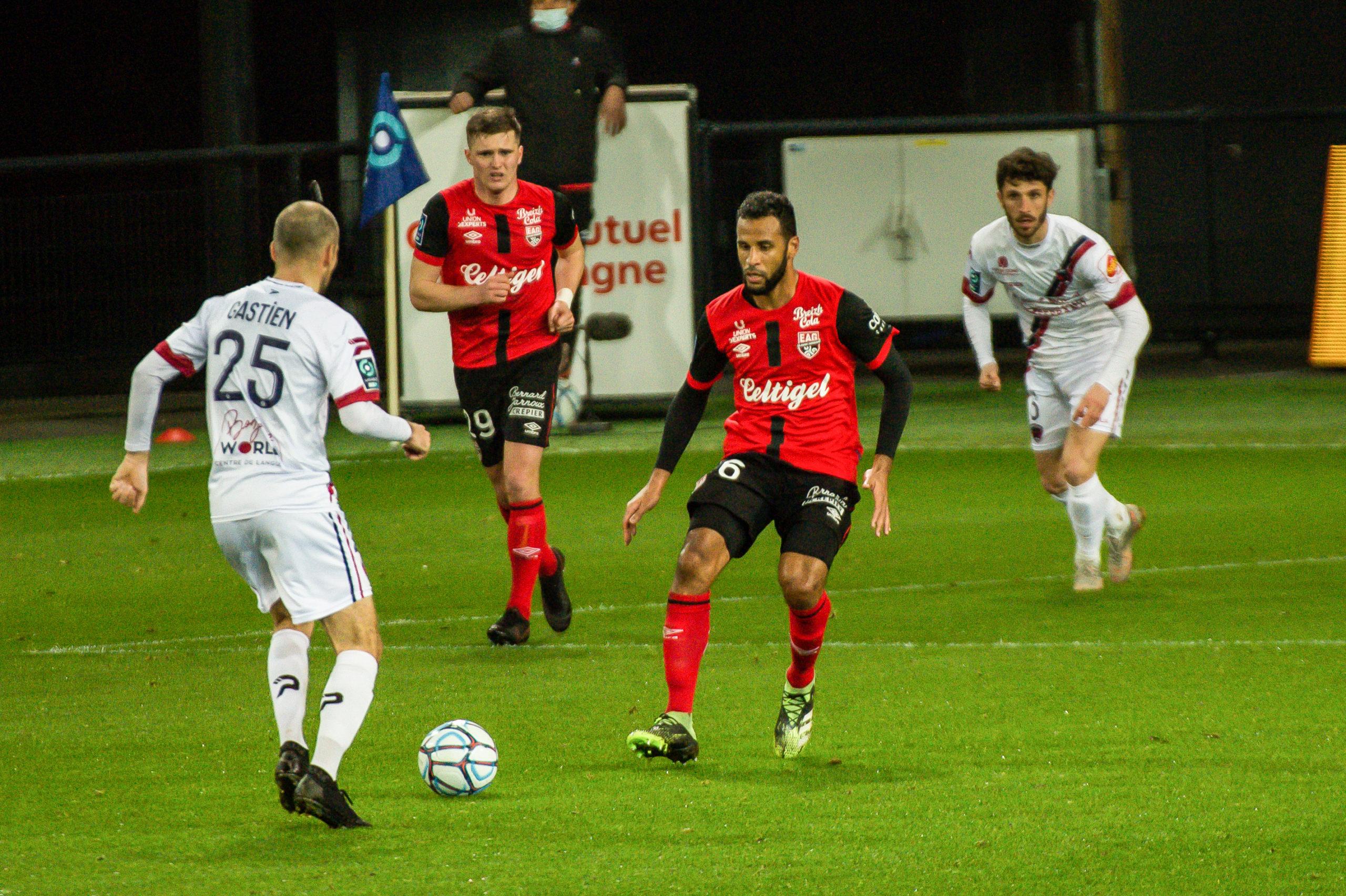 EA Guingamp Clermont Foot 63 0 5 J28 Ligue 2 BKT EAGCF63 _PAS9354