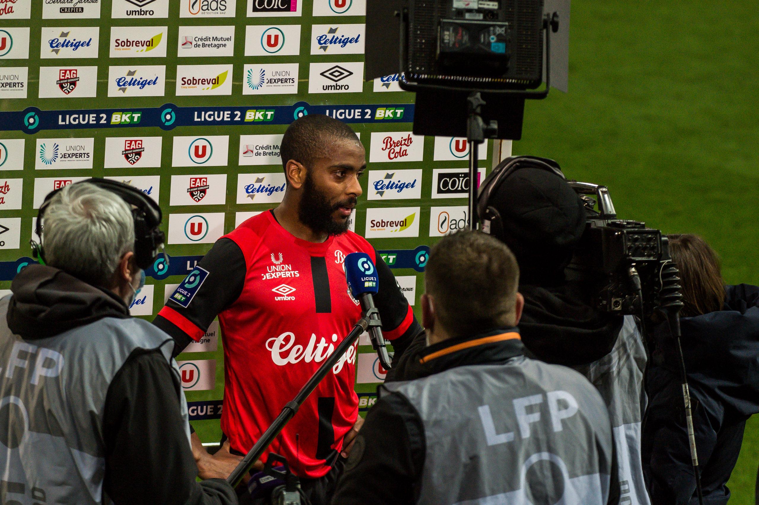 EA Guingamp Clermont Foot 63 0 5 J28 Ligue 2 BKT EAGCF63 _PAS9534