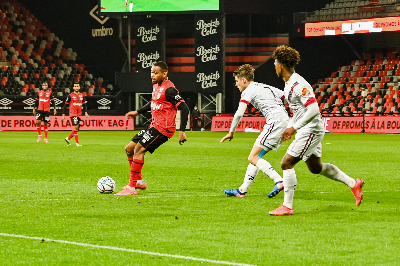 EA Guingamp Clermont Foot 63 0 5 J28 Ligue 2 BKT EAGCF63 DSC_0436