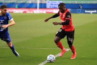 ESTAC EAG Troyes Guingamp 1-0 Stade de l'Aube J31 Ligue 2 BKT 2020-21 30