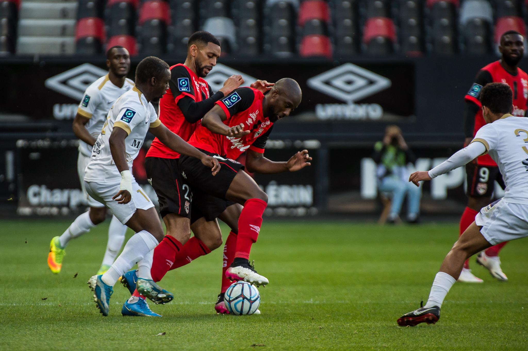 EA Guingamp La Berrichonne Châteauroux J37 Ligue 2 BKT EAGLBC 2-0 Stade de Roudourou FRA_5525