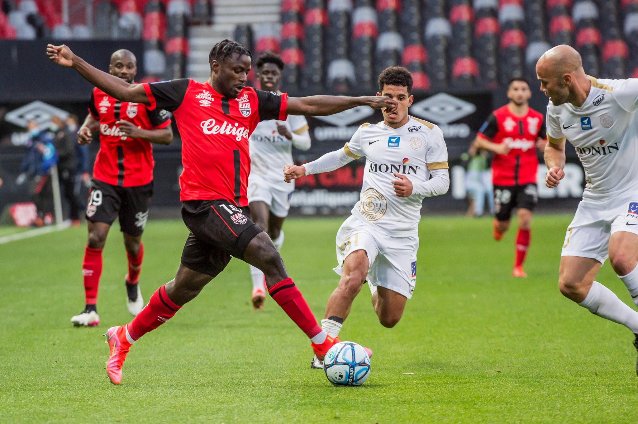 EA Guingamp La Berrichonne Châteauroux J37 Ligue 2 BKT EAGLBC 2-0 Stade de Roudourou FRA_5703