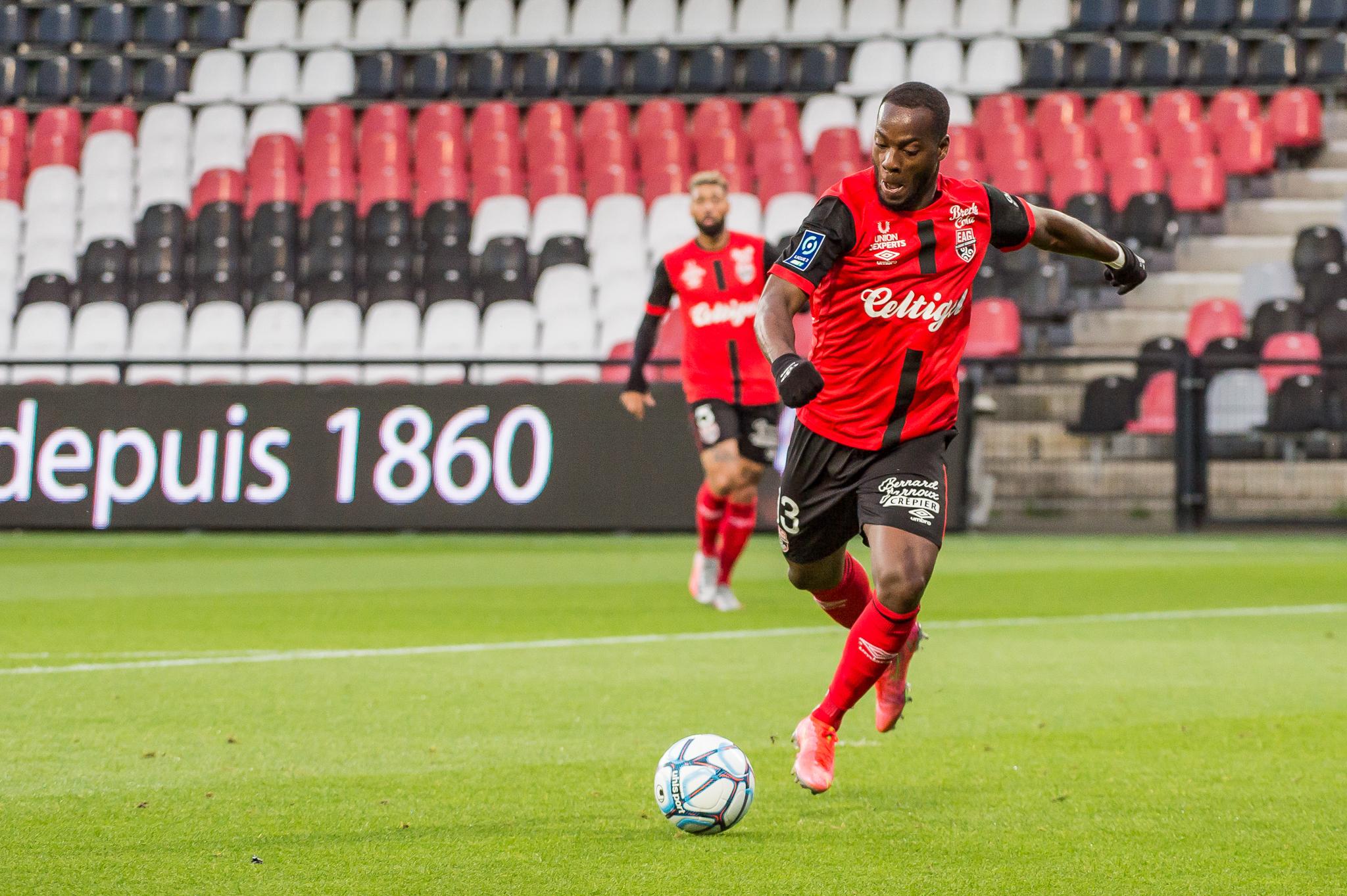 EA Guingamp La Berrichonne Châteauroux J37 Ligue 2 BKT EAGLBC 2-0 Stade de Roudourou FRA_5724