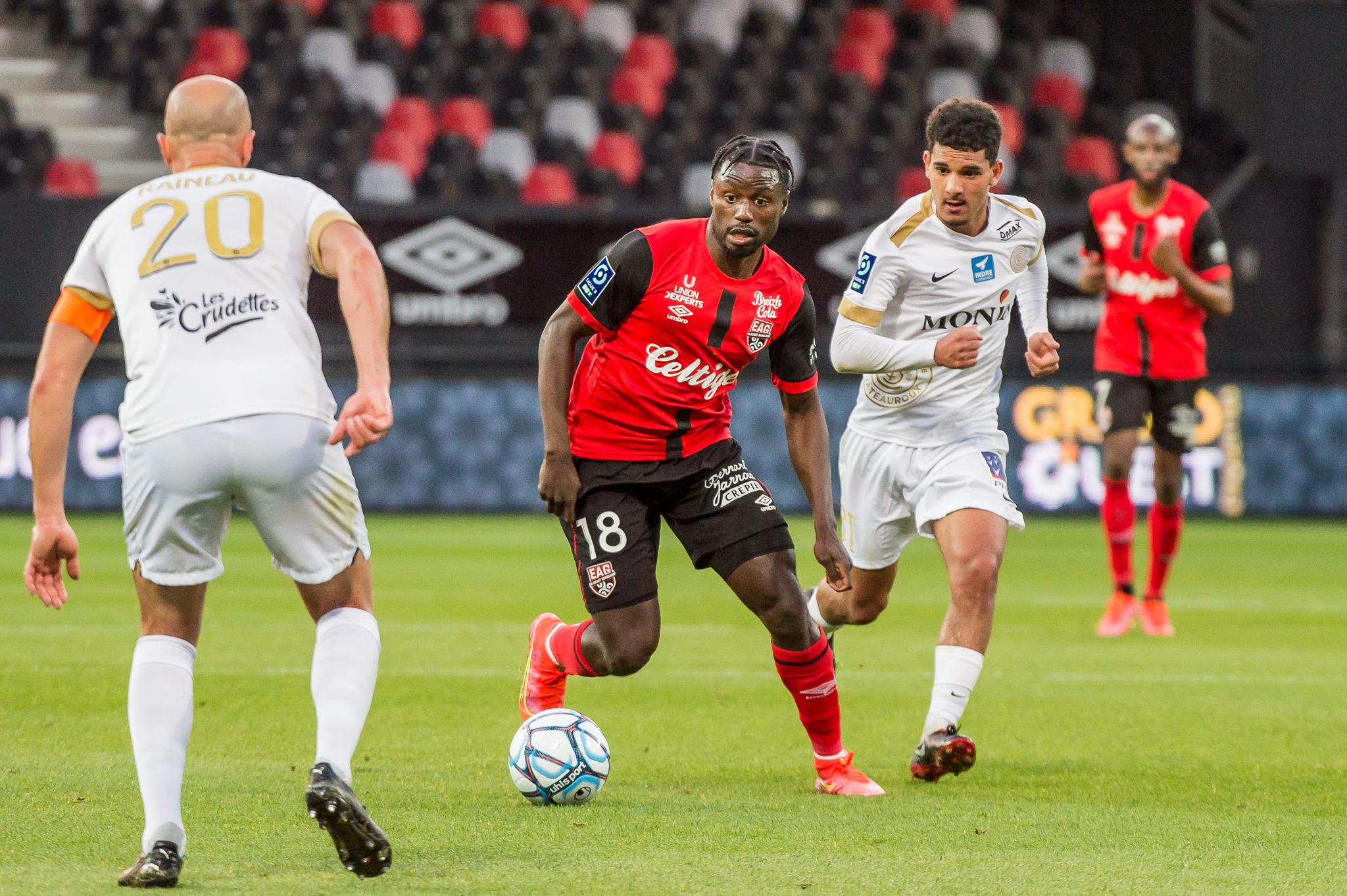 EA Guingamp La Berrichonne Châteauroux J37 Ligue 2 BKT EAGLBC 2-0 Stade de Roudourou FRA_5733