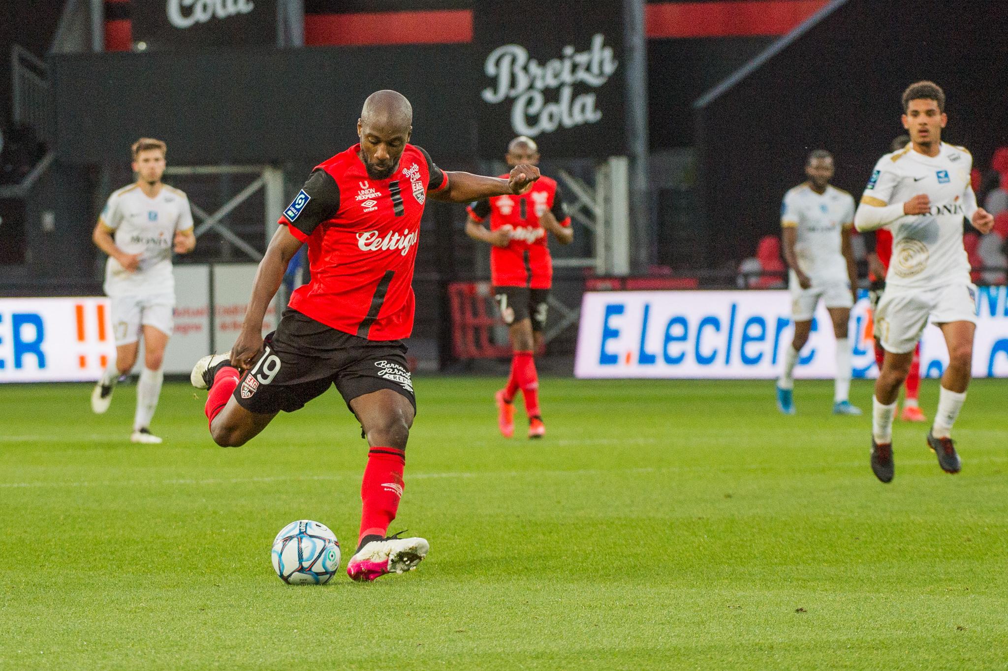 EA Guingamp La Berrichonne Châteauroux J37 Ligue 2 BKT EAGLBC 2-0 Stade de Roudourou FRA_5763