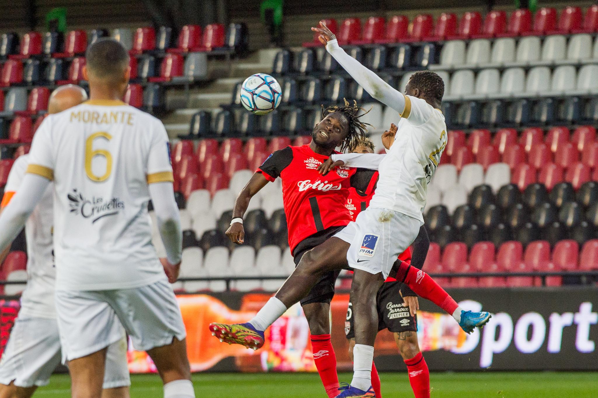 EA Guingamp La Berrichonne Châteauroux J37 Ligue 2 BKT EAGLBC 2-0 Stade de Roudourou FRA_5828