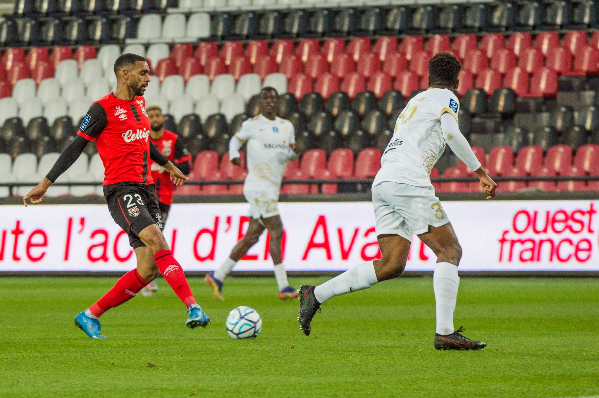 EA Guingamp La Berrichonne Châteauroux J37 Ligue 2 BKT EAGLBC 2-0 Stade de Roudourou FRA_5839