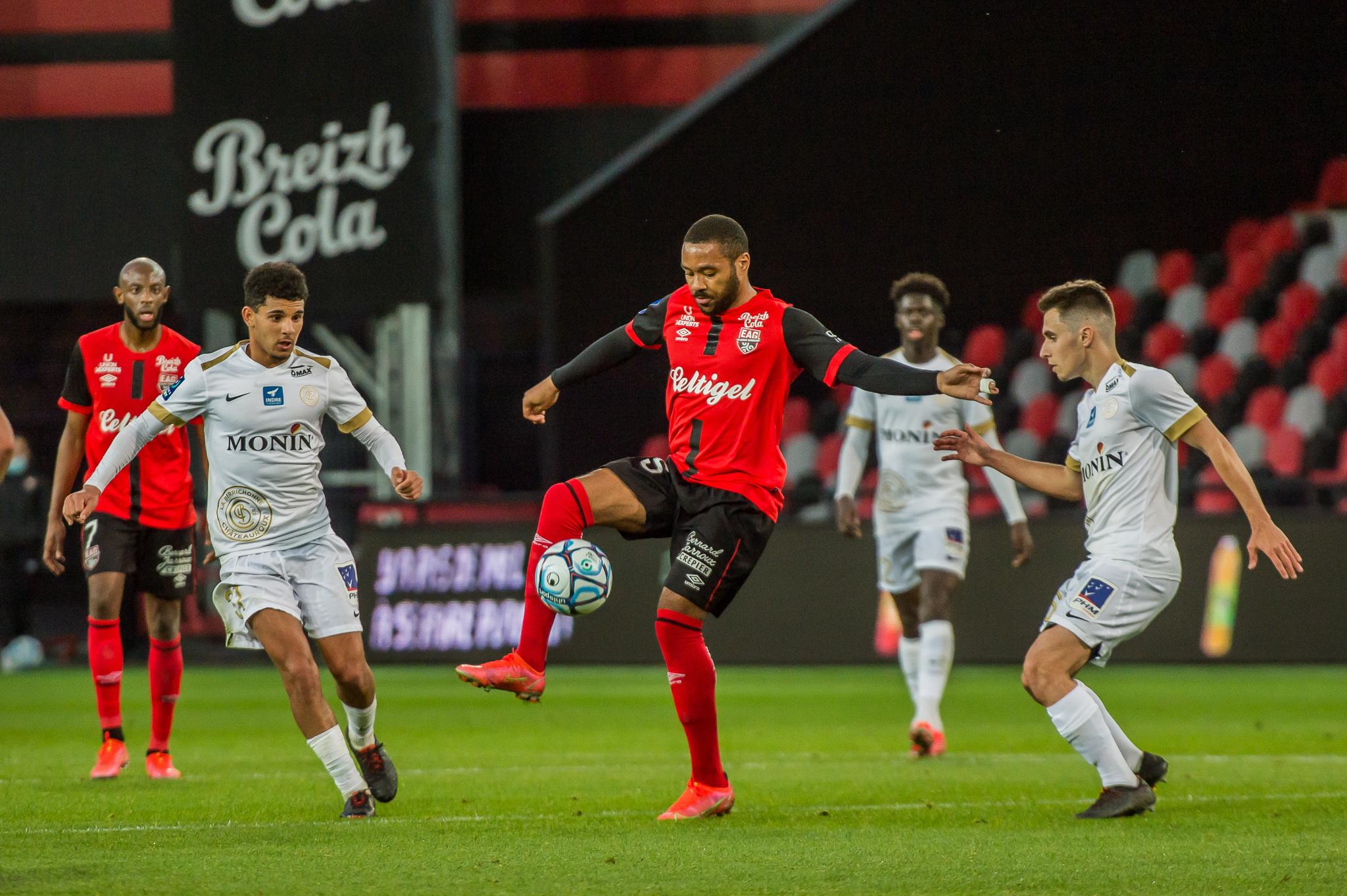 EA Guingamp La Berrichonne Châteauroux J37 Ligue 2 BKT EAGLBC 2-0 Stade de Roudourou FRA_5886