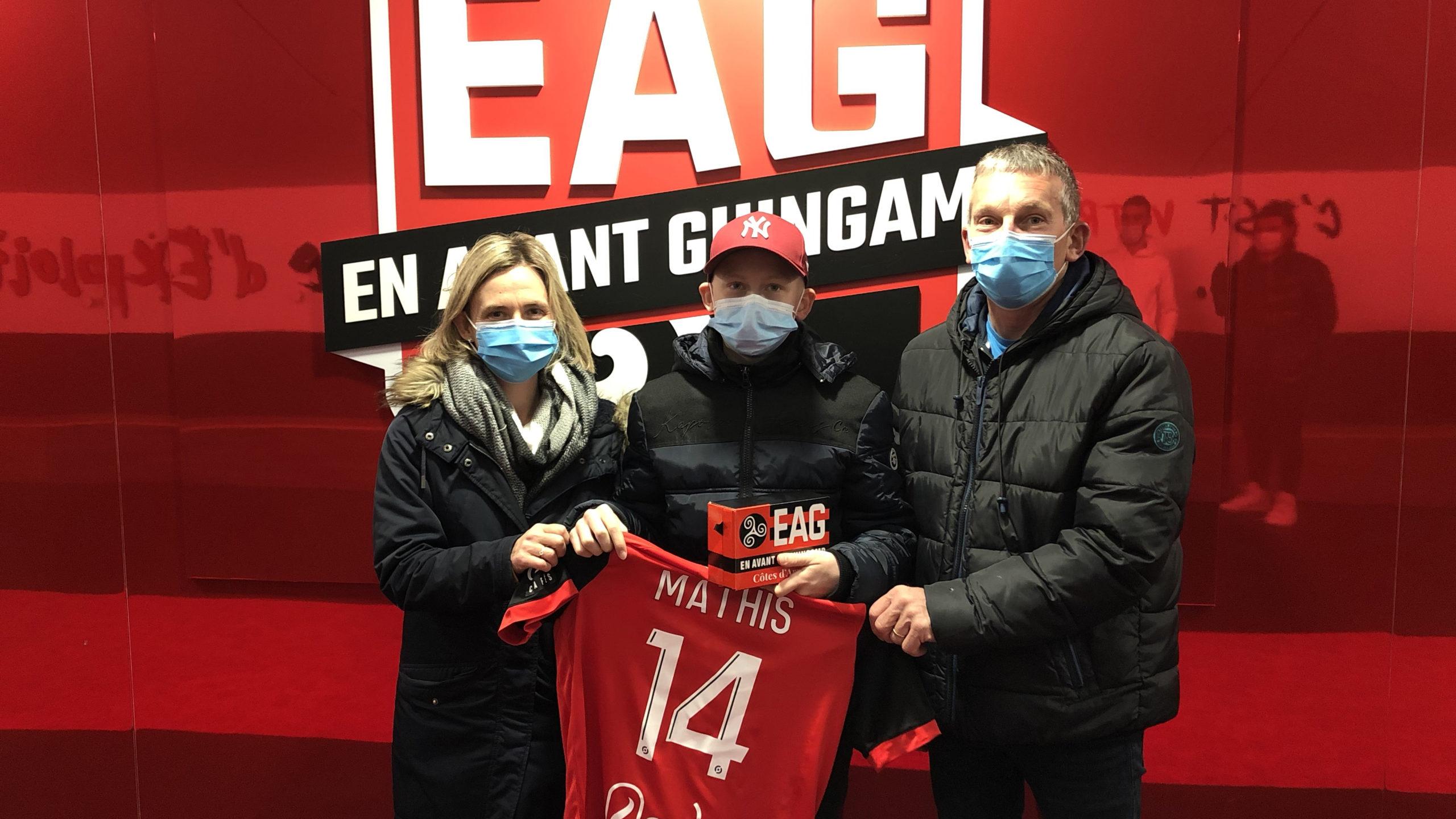 Mathis Coatrieux visite le stade de Roudourou avec Christophe Kerbrat Guingamp En Avant-16 9-4