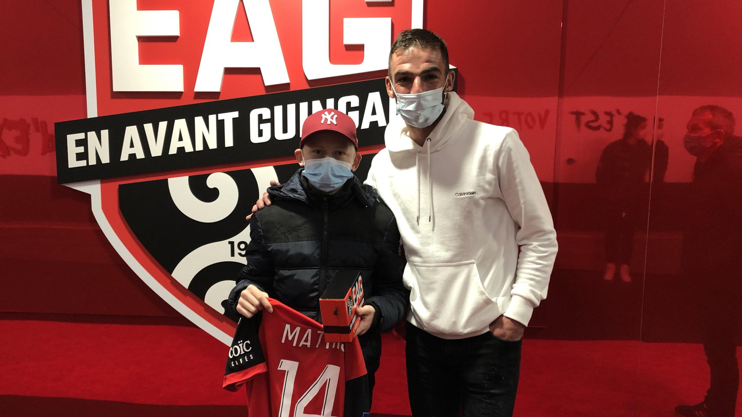 Mathis Coatrieux visite le stade de Roudourou avec Christophe Kerbrat Guingamp En Avant-16 9