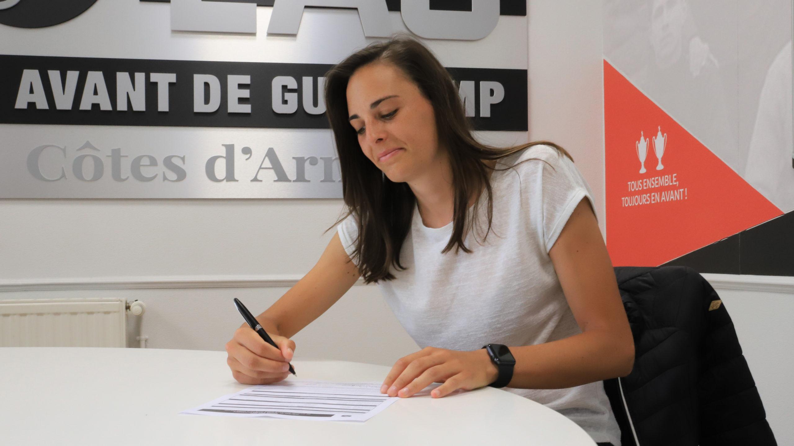 Laurie Teinturier est Guingampaise section féminine Fred Biancalani Marlène Bouedec Cetligirls-4